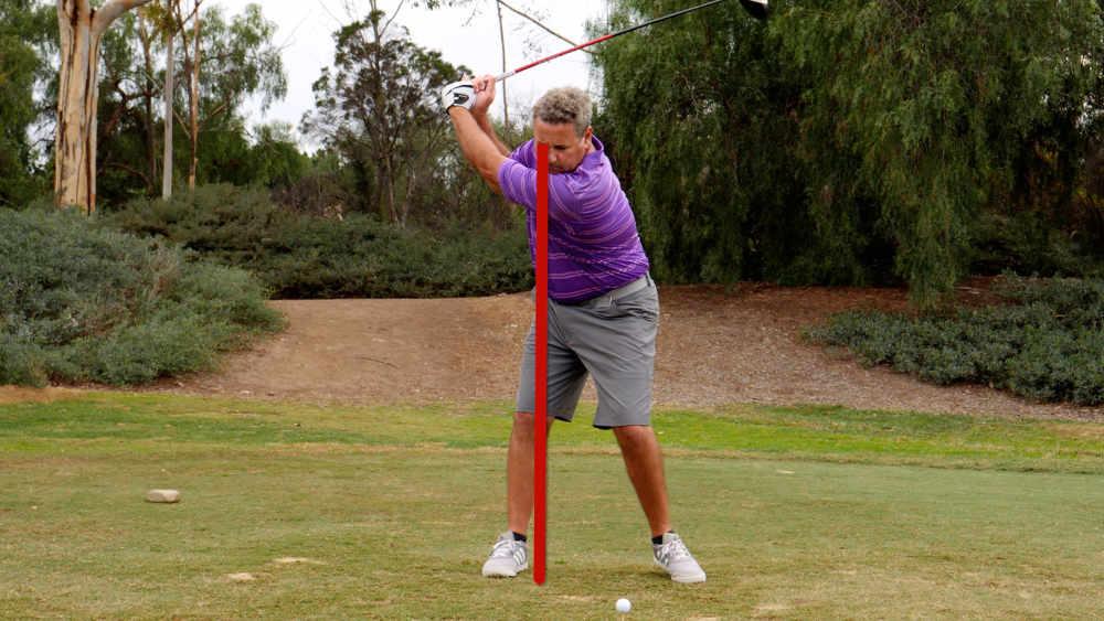 golf swing driver right shoulder